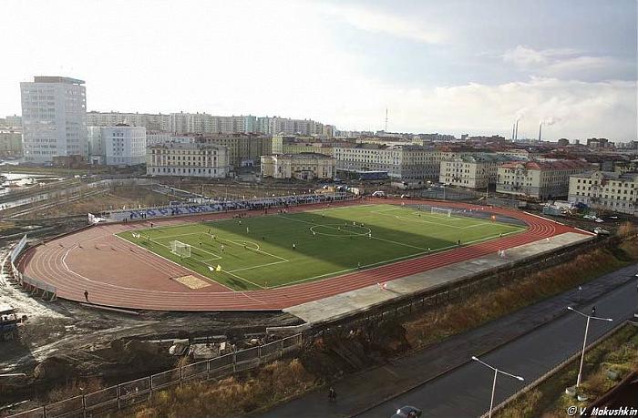 Zapolyarnik stadium2